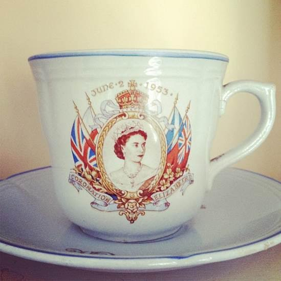 BIgelow Tea Queen Mug Facts and History
